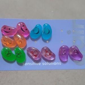 ⚡5/$20 New Jelly Bean Earrings(6) w/emoji faces